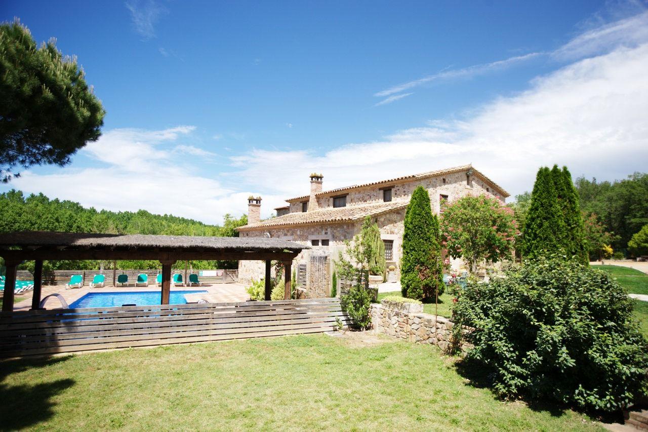 Casa rural Costa Brava cerca de Barcelona 8 habitaciones Villa La Belladona