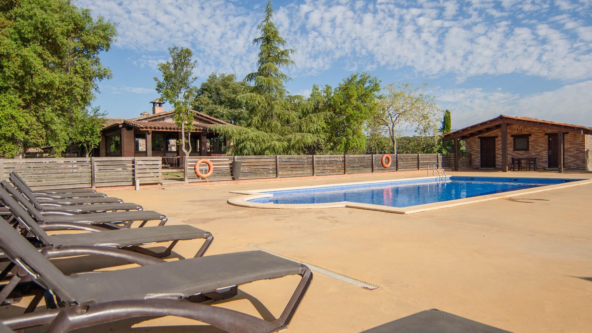 Galer a de fotos de villa mas estrada exterior for Casa rural girona piscina